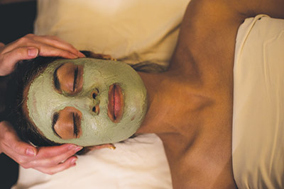 Facial+at+the+WELL+Spa+%2B+Salon